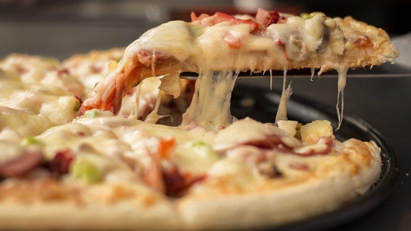 Orașul în care pizza vine din cer