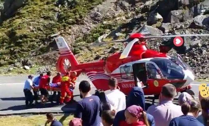 Accident pe Transfăgărășan. Un motociclist străin a fost luat cu elicopterul SMURD