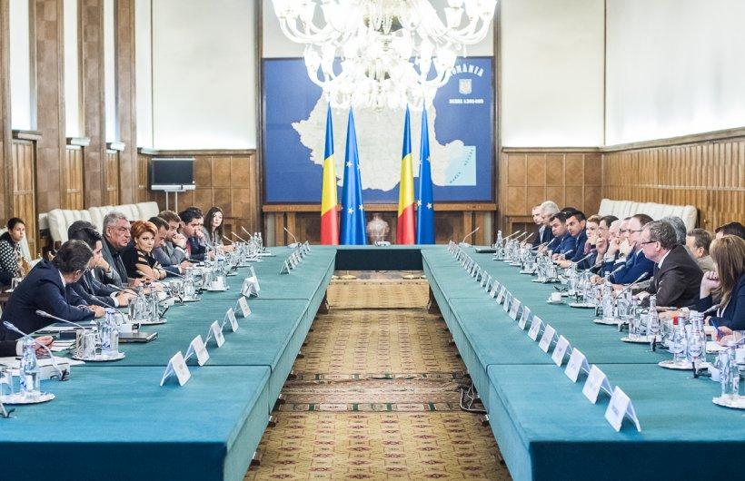 Probleme în Guvernul Tudose! Încă un ministru luat în vizor de opoziție. I se cere demisia