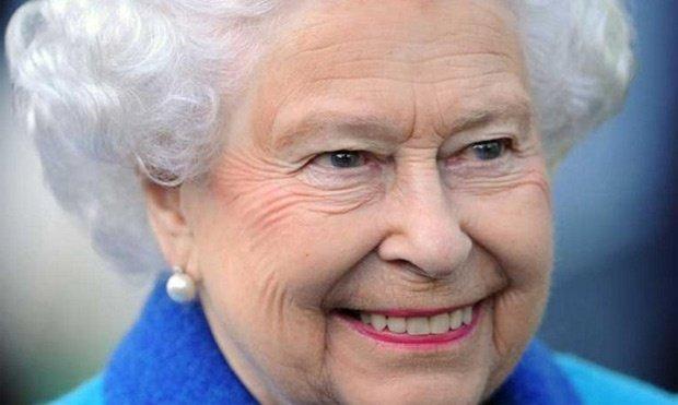 O fetiţă de cinci ani, scrisoare către Regina Elisabeta. Ce rugăminte a avut