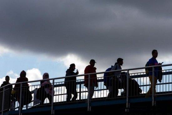 Alertă la Timişoara! Încă un grup de imigranţi, prinşi de poliţişti într-un tren