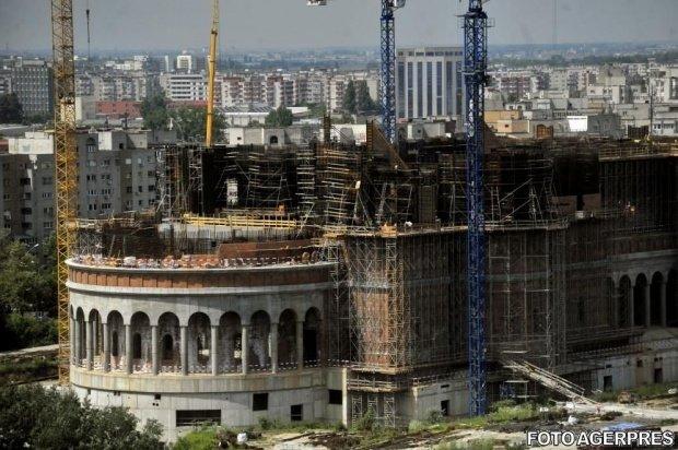 Primăria Capitalei dă un milion de euro pentru lucrările la Catedrala Mântuirii Neamului