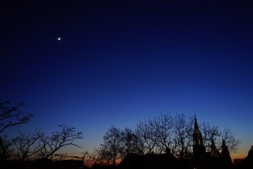 Fenomen astronomic rar în această noapte. Nu s-a mai întâmplat de peste 9 ani