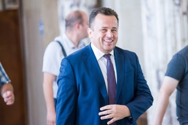 """Ministrul Educaţiei, Liviu Pop: """"Greşelile se pot corecta, dar erorile nu"""""""