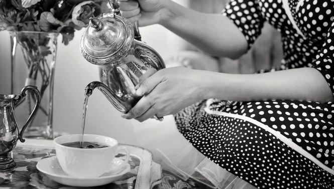 Motivul real pentru care britanicii beau atât de mult ceai