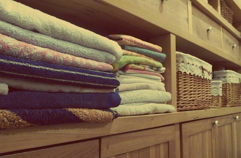 Cea mai simpla soluție pentru albirea hainelor și lenjeriei albe! Este complet naturală!