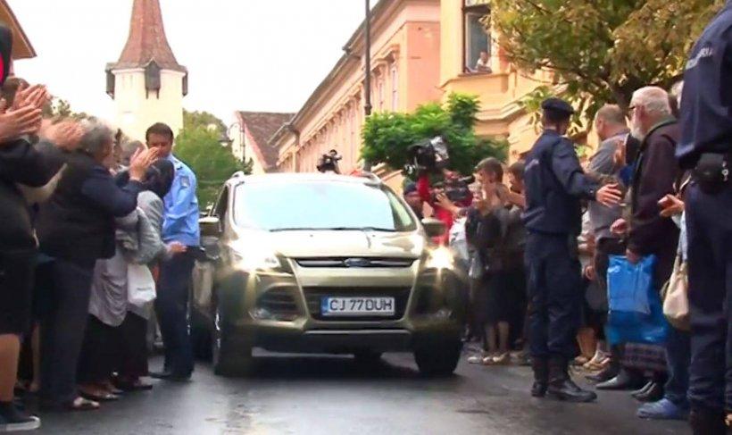 Cristian Pomohaci a fost audiat la Sibiu. Numărul de la maşina care l-a adus a atras toate privirile