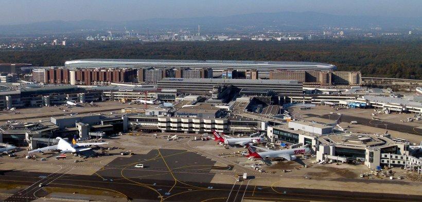 Alertă pe aeroportul din Frankfurt. Un terminal și cinci hoteluri din apropiere au fost evacuate de urgență