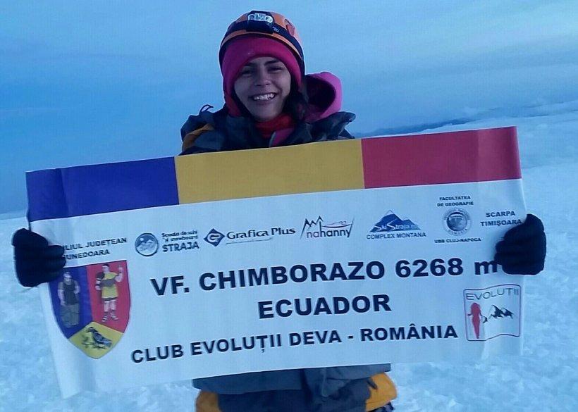 Un nou record pentru un român. Alpinista care a reuşit să cucerească vârful Chimborazo (6.200 m), din Anzi