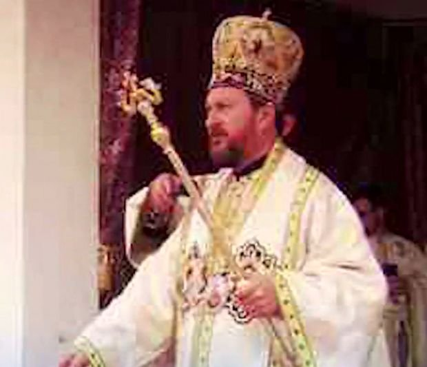 Detalii șocante în cazul episcopului de la Huși. O nouă înregistrare video complică situația acestuia. VIDEO