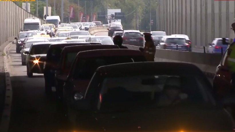 Carambol cu cinci mașini în Capitală. Traficul a fost blocat