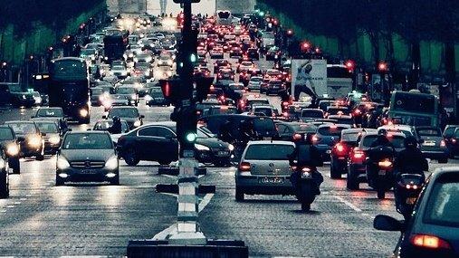 Efectul uraganelor a fost resimțit și pe piața auto. Cine a profitat cel mai mult de această situație
