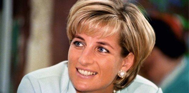 De ce nu purta Prințesa Diana mănuși? Motivul este emoționant!