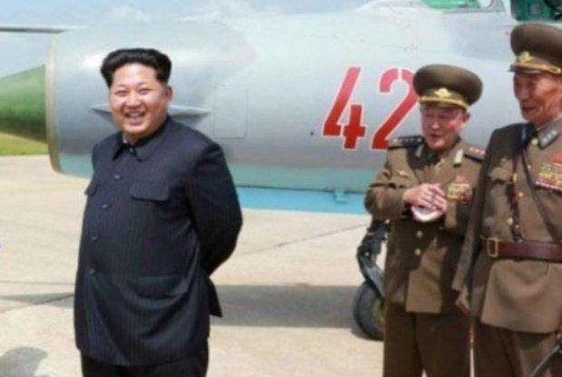 """Coreea de Nord face o amenințare fără precedent. Va """"ploua cu foc"""" asupra Statelor Unite ale Americii"""