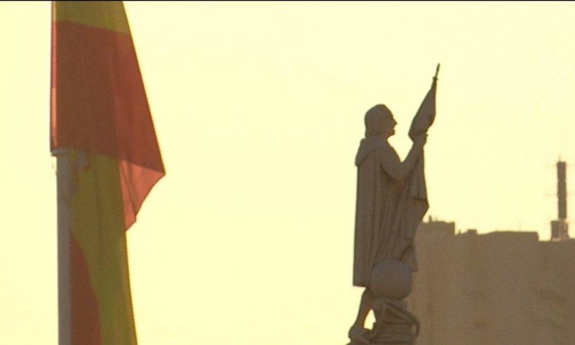 Ore cruciale pentru viitorul Spaniei. Carles Puigdemont trebuie să se pronunțe cu privire la independența Cataloniei