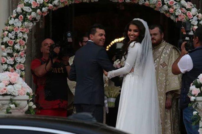 Nuntă Regală Imagini Nedifuzate De La Nunta Lui Adrian Mutu