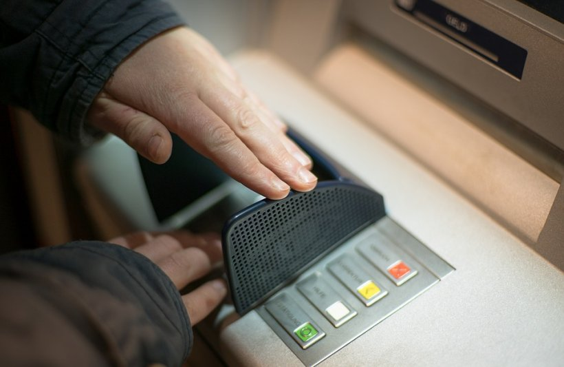 Problems for customers of the Raiffeisen Bank in this morning. They couldn't use the cards