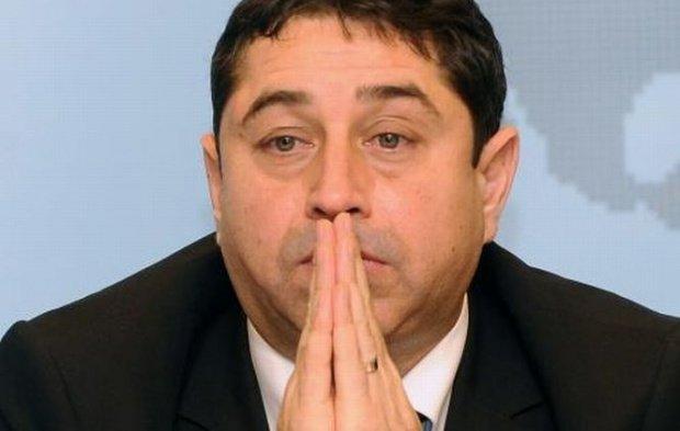 Fostul ministru Cristian David, acuzat de o mită de jumătate de milion de euro. Sentința ICCJ, amânată cu două săptămâni