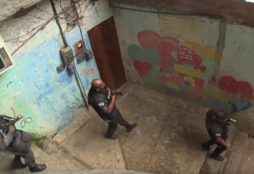 Caz șocant în Rio de Janeiro. O turistă a fost ucisă din greșeală de poliție, în timp ce vizita o favelă
