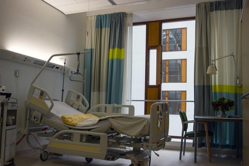 Accident șocant într-un spital! Fetița de patru ani care a căzut pe fereastră a murit
