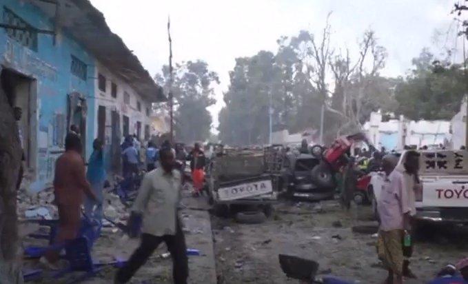 Două explozii în capitala Somaliei. Sunt zeci de morți - VIDEO