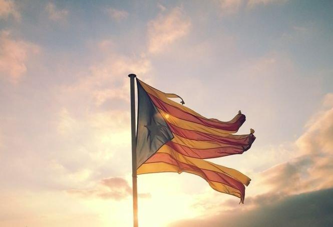 Vicepremierul Spaniei, Soraya Saenz de Santamaria, va conduce Guvernul din Catalonia