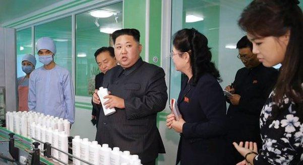 Kim Jong-un, într-o ipostază inedită. Ce le-a cerut femeilor din Coreea de Nord - VIDEO