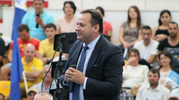 Președintele CJ Călărași, suspendat din funcțiile politice din PNL