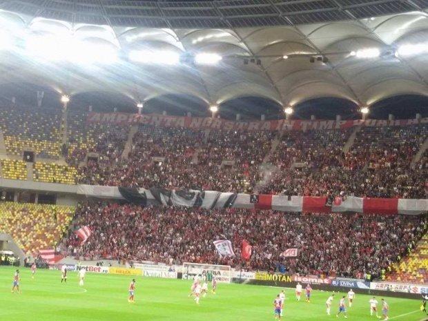 Violențe la meciul Dinamo-Viitorul. Jandarmii au intervenit în forță
