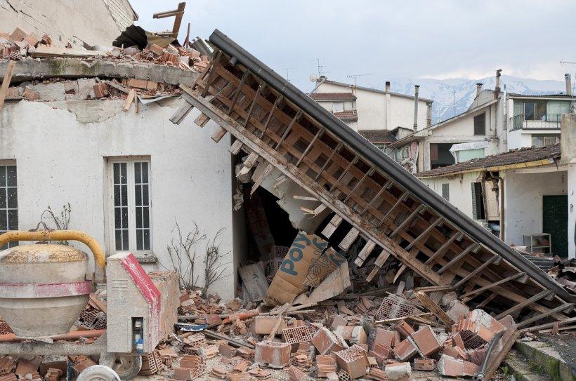 Locul în care două cutremure cu magnitudinea de 6,3 şi 5,7 grade s-au produs în interval de câteva minute