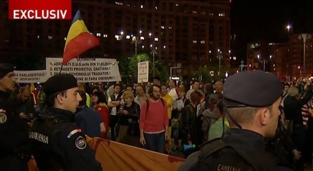 Presa internaţională scrie despre protestele de la Bucureşti şi din ţară