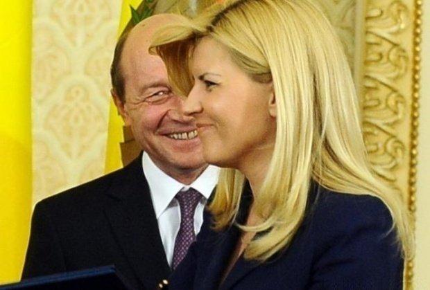 Băsescu și Udrea, întâlnire ca-n vremurile bune. Unde au fost surprinși cei doi politicieni - VIDEO