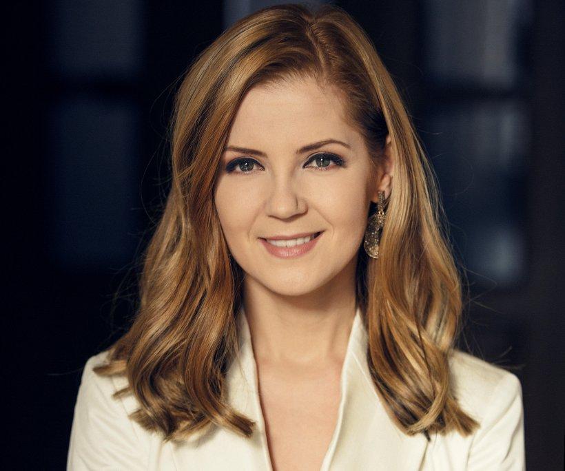 """Nadina Câmpean, jurnalista fără regrete, dar cu sacrificii: """"In televiziune accepți că trebuie să muncești enorm sau te reprofilezi. Nu e o profesie pentru prințese"""""""