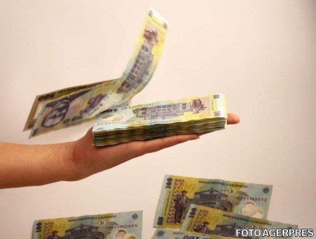 Veste devastatoare pentru românii cu credite în lei. Indicele ROBOR a ajuns la un nou record negativ