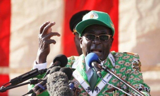 Proteste de amploare pentru demisia lui Robert Mugabe