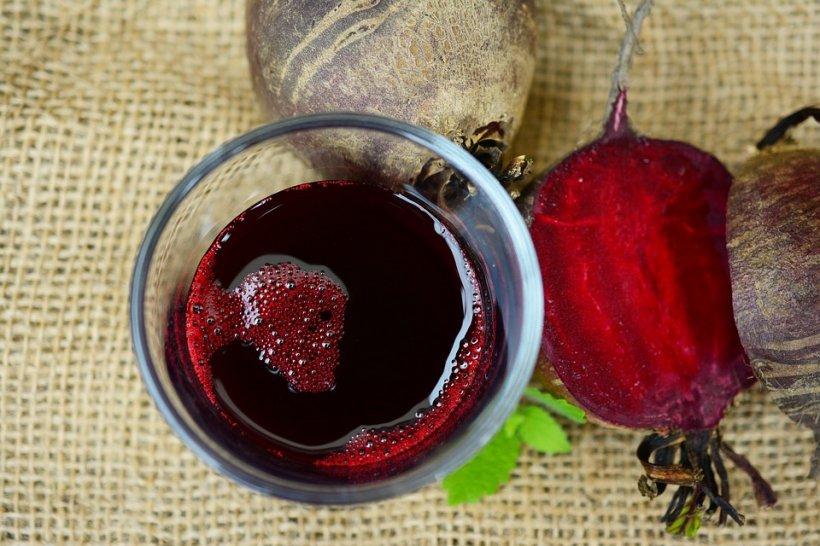 Ce se întâmplă în corpul tău după ce bei suc de sfeclă roșie