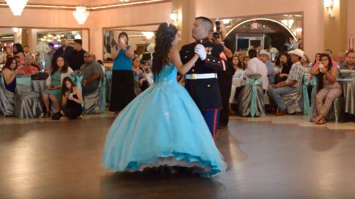Și-a invitat fiica la dans, în ziua în care ea a împlinit 15 ani. După puțin timp, toată lumea le-a aflat cel mai mare secret - VIDEO