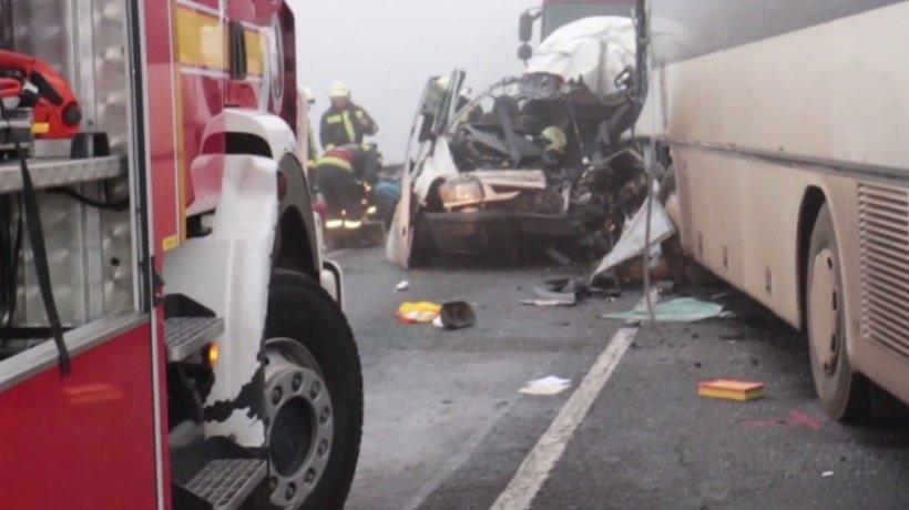 MAE: Unul dintre răniţii în accidentul din Ungaria a fost externat. Se fac demersuri pentru repatrierea trupurilor celor decedaţi