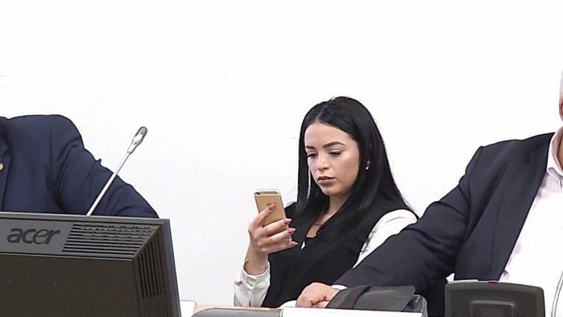 Politikix. Ce face un deputat în ședință