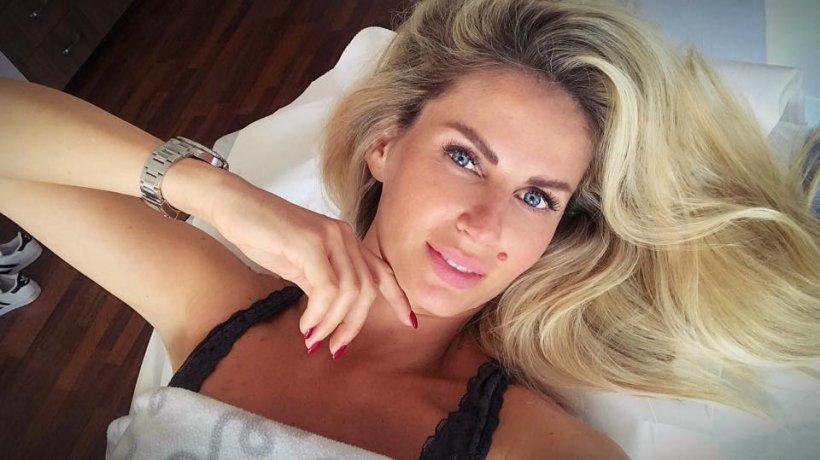 Andreea Banica a ajuns de urgenta la spital! Vedeta a fost victima unui accident