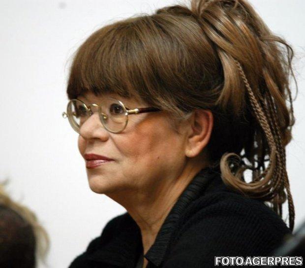 """Cristina Stamate a murit. Ce spunea actrița despre marea sa pasiune pentru haine: """"Garderoba mea este o lăcomie fără margini"""""""