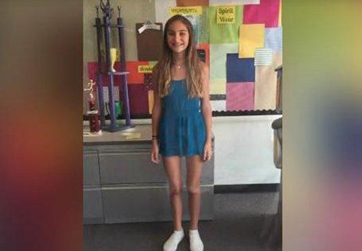 A purtat o rochie prea scurtă la școală, iar profesorii au trimis-o acasă. Ce a făcut tatăl fetei a doua zi, întrece orice imaginație