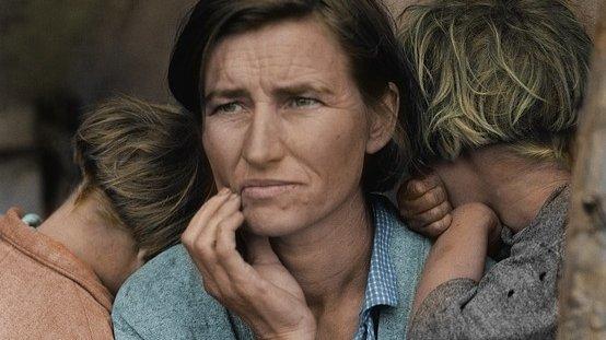 """Confesiunea unei mame ce a șocat o lume întreagă: """"Am trei copii, iar pe al treilea îl urăsc!"""""""