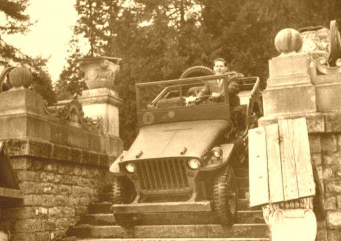 Pasiunea Regelui Mihai pentru mașini. Ce garaj impresionant avea