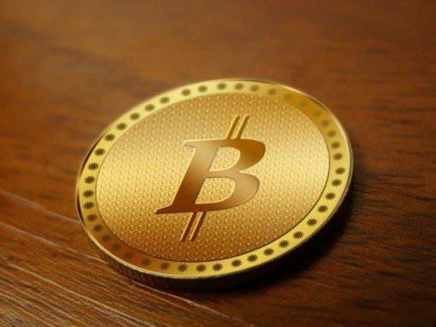 Fenomenul Bitcoin. O monedă ar putea declanșa o nouă criză mondială