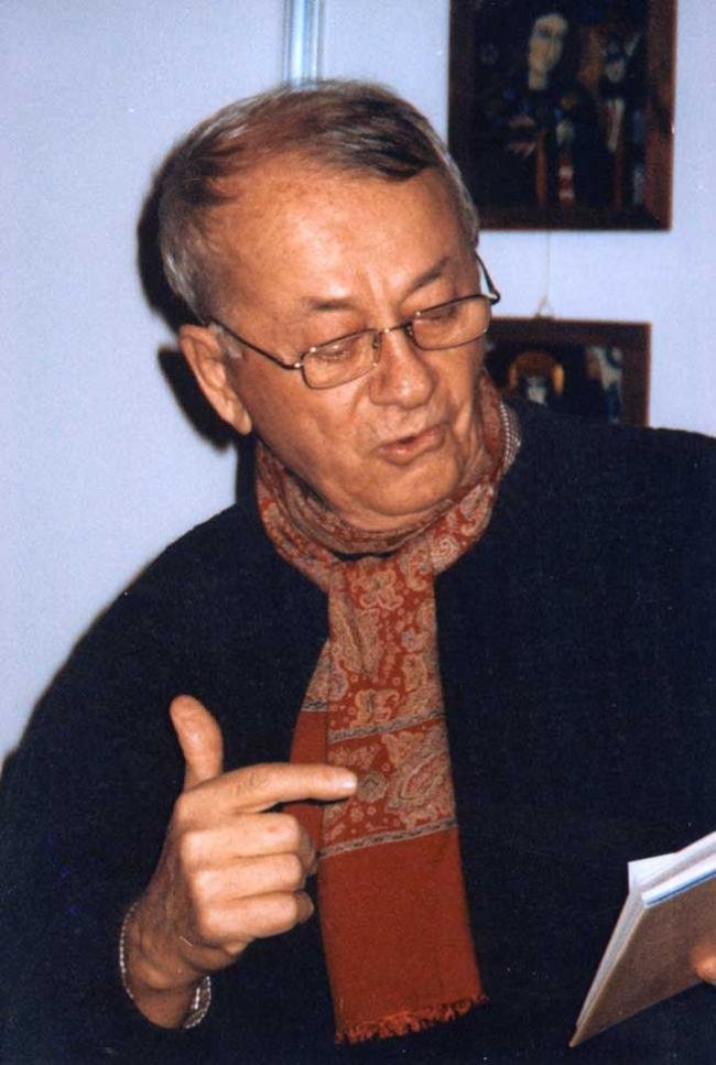 A murit scriitorul Radu Cârneci 16