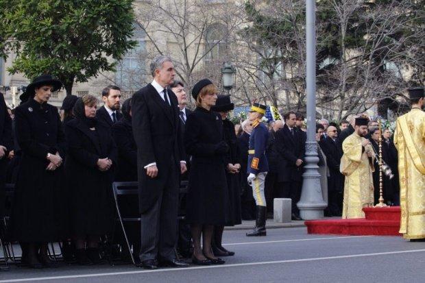"""Presa internațională, despre disputele din Familia Regală:""""Funeraliile Regelui Mihai au reunit o familie colorată şi ciudată"""""""