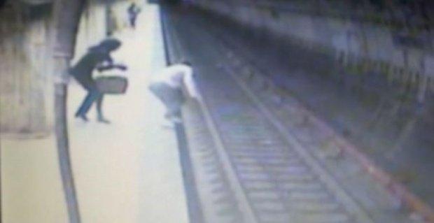 Fostul ministru al Culturii a solicitat interzicerea imaginilor cu crima de la metrou și sancționarea tuturor televiziunilor care le-au redat