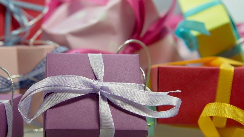 O familie a avut parte de un adevărat șoc în ziua de Crăciun. Toate cadourile aflate sub brad le-au fost furate. Cum a fost posibil