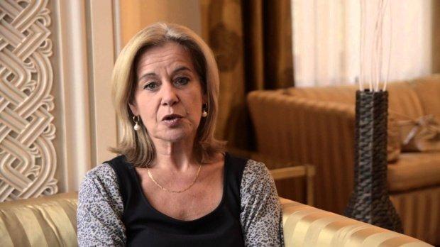 Reacția ambasadoarei Olandei după ce a fost filmată la masă cu infractori celebri